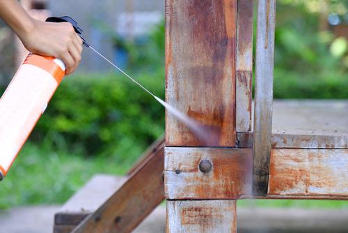 What Kind of Vinegar Kills Termites?
